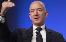 Làm 2,8 triệu năm mới bằng tài sản của ông chủ Amazon