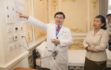 Nhiều người Campuchia khám và chữa bệnh tại Bệnh viện Gia An 115