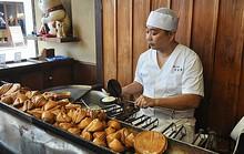 Tiệm bánh 'tiên tri' ở Nhật Bản