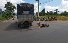 Tai nạn với xe tải, 2 học sinh thương vong