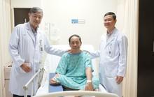 Tại quê nhà sụt cân bất thường, sang Việt Nam cắt ra u ác