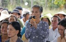 Nín thở cuộc thoại với người dân ngăn cản xe vào bãi rác ở Quảng Nam