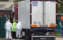 Vụ 39 thi thể trong container: Nạn nhân đập cửa cầu cứu, để lại dấu tay máu