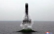Triều Tiên khoe phóng tên lửa từ tàu ngầm, Mỹ nói chỉ là trên mặt nước