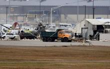 Mỹ: Pháo đài bay rơi xuống sân bay, ít nhất 7 người thiệt mạng