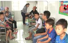 70 học sinh tiểu học nhập viện nghi bị ngộ độc thực phẩm