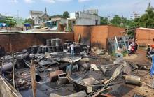 CLIP: Khói lửa bao trùm khu dân cư ở TP HCM