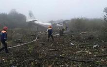 Máy bay hạ cánh khẩn, 5 người thiệt mạng