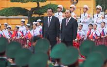 Việt Nam - Campuchia ký 7 văn kiện hợp tác