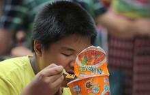 Người dân Trung Quốc đổ xô mua mì gói