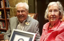 Sống cùng nhau 80 năm vẫn... chưa chán!