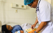 Bé sơ sinh 3,5kg được cứu sống thần kỳ cùng người mẹ bị bệnh nguy kịch