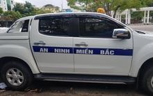 Ôtô dán chữ AN NINH MIỀN BẮC lùi ngược chiều ở Cần Thơ gây bức xúc