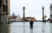 Cận cảnh dân Venice lóp ngóp trong dấu ấn vĩnh viễn