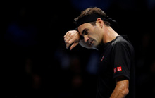 Thất bại trước tay vợt trẻ, Federer dừng bước ở ATP Finals
