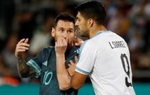 Suarez và Messi lập công nghẹt thở ở siêu kinh điển River Plate