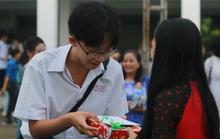 Thủ tướng Nguyễn Xuân Phúc yêu cầu dạy chữ đi đôi với dạy người