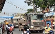Cận cảnh hãi hùng xe ben đại náo một vùng rộng lớn ở Biên Hòa