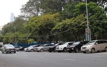Lắp đặt hàng loạt biển báo xử xe vi phạm ở 22 tuyến đường thu phí đậu ôtô