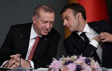 Ông Erdogan hỏi sốc tổng thống Pháp có bị não tàn?