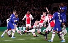 Trọng tài xuống tay 2 thẻ đỏ, Chelsea cầm hòa Ajax 8 bàn thắng