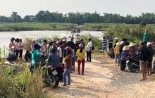Chính quyền địa phương cấm đò vô cảm, người dân liều mình lội sông chết đuối thương tâm