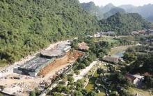 Cận cảnh công trình khủng vượt phép xâm hại di sản Tràng An