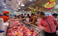 Người dân TP HCM tăng mua thịt heo ăn Tết