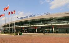 Hành khách bỏ quên ví có 200 triệu đồng ở xe đẩy sân bay