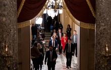 Luận tội Tổng thống Donald Trump rơi vào bế tắc