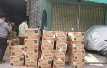 Đà Nẵng: Phát hiện cơ sở kinh doanh chứa nước giặt Comfort giả