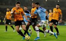 Wolverhampton ngược dòng đẳng cấp, Man City thua tê tái ở Molineux