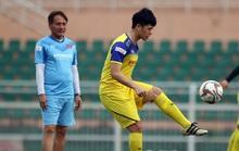 HLV Park Hang-seo gạch tên 3 cầu thủ, Đình Trọng vẫn hồi hộp