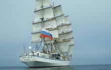 Đưa kịp thời 2 nữ thuyền viên người Nga trên biển vào bờ cấp cứu