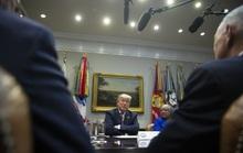 """Tổng thống Donald Trump vật lộn với vấn nạn """"mang tầm cỡ quốc gia"""""""
