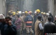 Ma trận hẻm thổi bùng đám cháy lớn, gần 50 người thiệt mạng