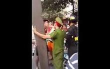 Bị nghi ghẹo vợ đồng nghiệp, thiếu tá công an ra tay đánh người