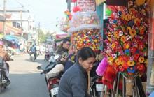 Độc đáo ngôi làng 300 năm làm hoa giấy ở Huế
