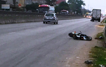 Xe khách tông xe đạp điện khiến 2 học sinh thương vong