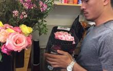 Chợ hoa Hồ Thị Kỷ đông nghẹt người trước ngày Valentine