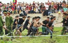 Lễ hội cướp phết Hiền Quan 2019 vỡ trận vì hỗn loạn