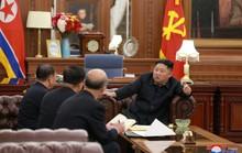 Triều Tiên buộc chặt dây giày để tăng tốc
