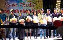 Chủ quán cà phê ở Ninh Thuận tặng quà Tết cho 650 người nghèo