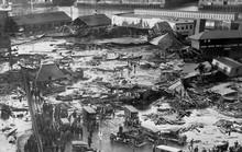 Hãi hùng trận sóng thần mật rỉ đường