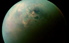 Mặt trăng Titan tồn tại dạng sự sống mê-tan điên rồ?