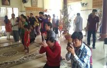 """Người dân """"đảo ngọc"""" Phú Quốc chen chân đi lễ chùa ngày đầu năm"""