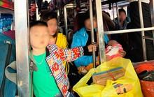"""Xe khách chạy tuyến Thanh Hóa-Hải Phòng 38 chỗ """"nhồi nhét"""" tới 54 người"""