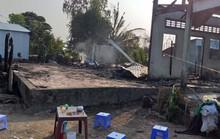 Cháy trong đêm, 3 căn nhà ra tro, 1 người bệnh tử vong do không thoát kịp