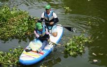 Tình nguyện vớt rác trên sông: Không ai... cấp phép!