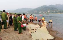 Nghỉ học ra sông tắm, 4 học sinh lớp 7 chết đuối thương tâm